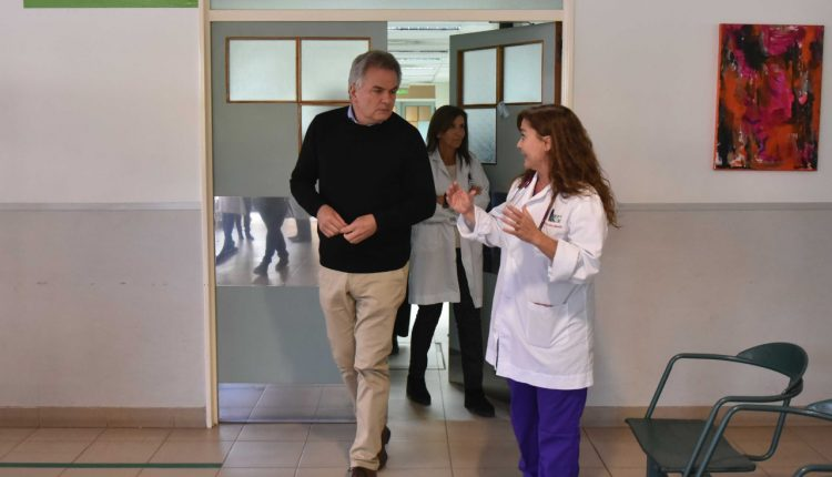 EL INTENDENTE HÉCTOR GAY VISITÓ EL HOSPITAL MUNICIPAL
